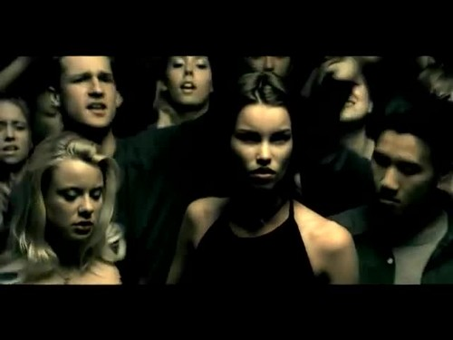 Nickelback - How wewe Remind Me {Music Video}