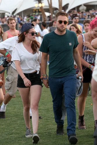 Rob and Kristen at Coachella (2013)