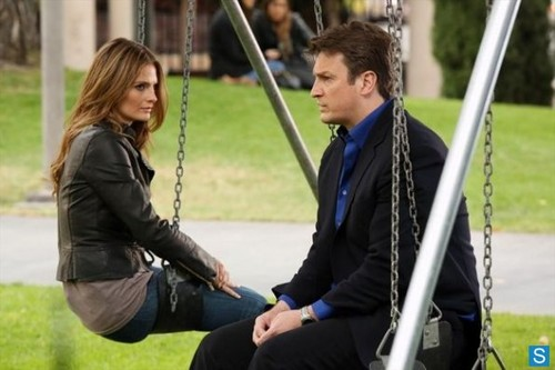 castillo - Episode 5.24 - Watershed - Promotional fotos