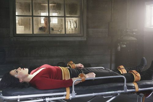 Once Upon a Time - Episode 2.21 - seconde ster to the Right