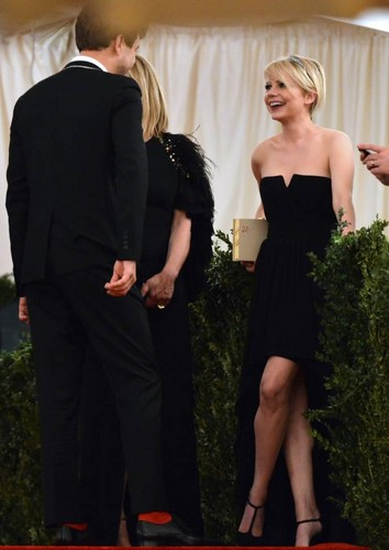 "Michelle Williams & Joshua Jackson at the ""Met Gala"" - (May 6, 2013)"