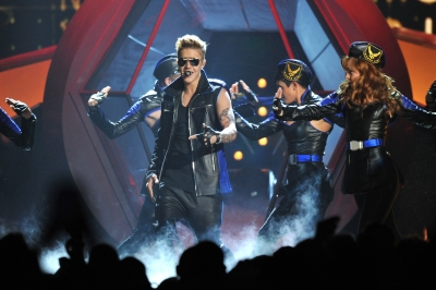 05.19.2013 Billboard música Awards - Peformance