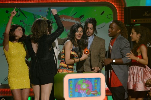 MARCH 23RD - KIDS CHOICE AWARDS - SHOW