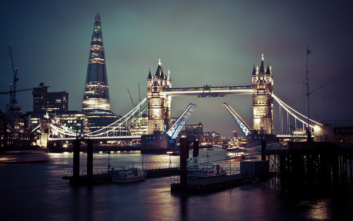 Tower Bridge of Londra