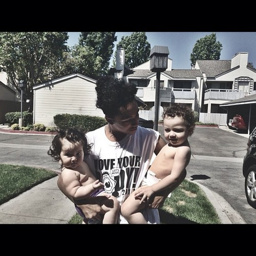 Awwww, Princeton is with his baby cousins, Matlin & Noah!!!! :D <3 B) :* ;D ; { )