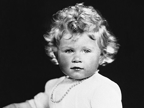 Baby photos of Queen Elizabeth