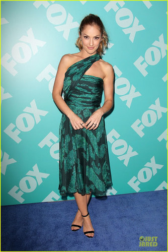 Minka Kelly at vos, fox upfronts