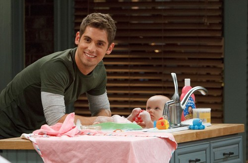 Baby Daddy Sneak Peek Photos 2.05 The Slump