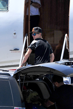 Justin getting ready to board a private jet in Burbank (June 19)