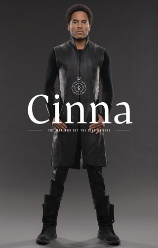 New official 'Catching Fire' photo-Cinna