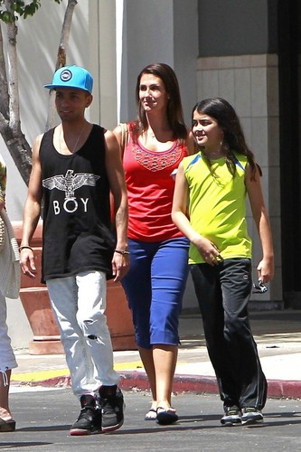 Omer Bhatti with Michael Jackson's son Blanket Jackson in Calabasas New June 2013 ♥♥