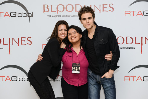 Paul and Torrey with Фаны in Brasil