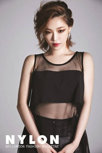 Ga In looks sexy for 'Nylon'