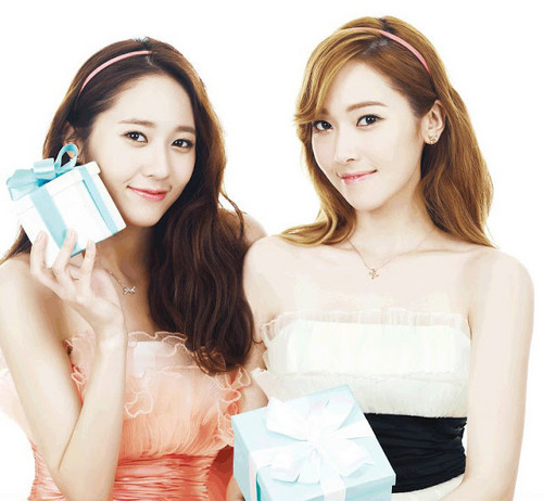 SNSD Jessica and f(x) Krystal's photos from 'STONEHENgE'