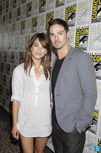 Beauty and the Beast [Comic Con 2013]