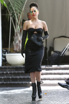 Lady Gaga leaves kasteel, chateau Marmont (August 15)