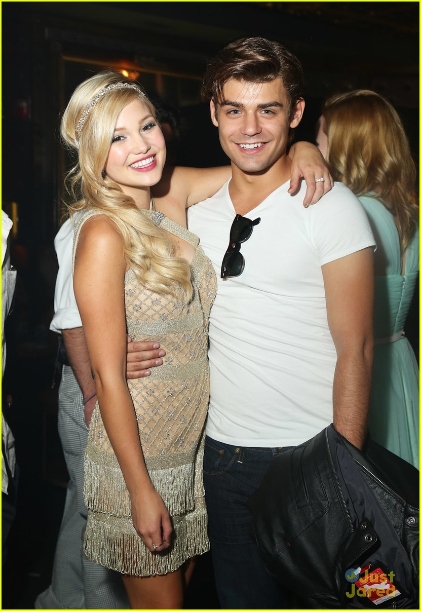 Fotos De Olivia Holt olivia holt's sweet 16 party - garrett clayton photo