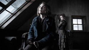 Jamie Cambell Bower as Anthony Hope in Sweeney Todd: The Demon Barber of Fleet jalan, street