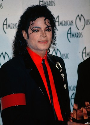 Backstage At The 1989 American Music Awards
