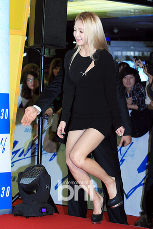 Hyoyeon-No Breathing Premiere