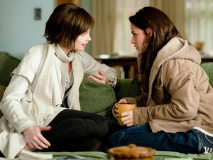 Bella and Alice New Moon