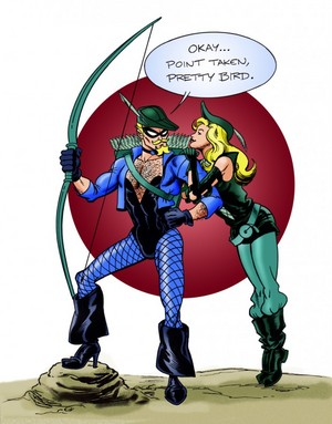 Green অনুষ্ঠান- অ্যারো and Black Canary