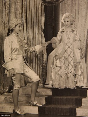 Princess Margaret and Princess Elizabeth  in the play Aladdin