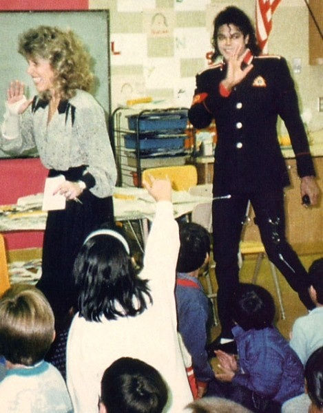 Michael Visiting An Elementary School In Cleveland, Ohio