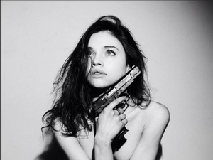 India Eisley new photoshoot door Tyler Shields