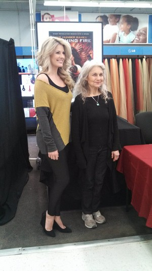 Lynn Cohen (Mags) and Stephanie Leigh Schlund (Cashmere)