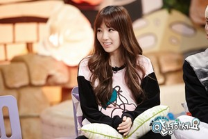 Taeyeon - Hello Counselor