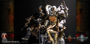 Calvin's Custom one sixth scale Diablo 3 Crusader and Barbarian