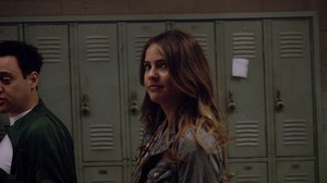 Malia Screencaps