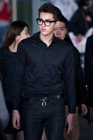 [HQ] 140424 Kris (2) @ Incheon Airport