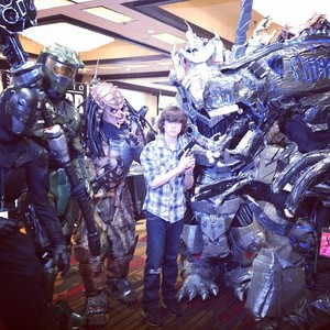 Chandler with ALIENS!!!