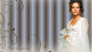Bond's beautiful bride (1366x768 wallpaper)