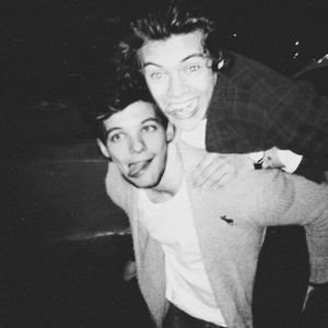 Larry Stylinson ✿