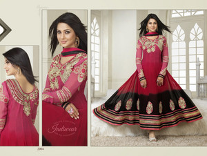 Kumud in Anarkali Suit