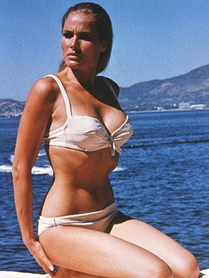 Ursula Andress (Honey Ryder)