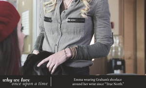 Why We प्यार OUAT: Emma wearing Graham's shoelace