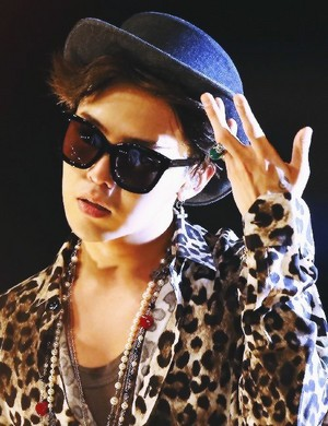 so hot Gdragon☜❤☞