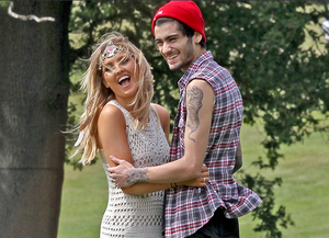 Perrie and Zayn at her birthday funfair ❤❤