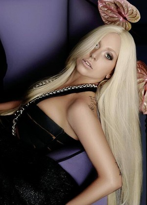 Versace outtake