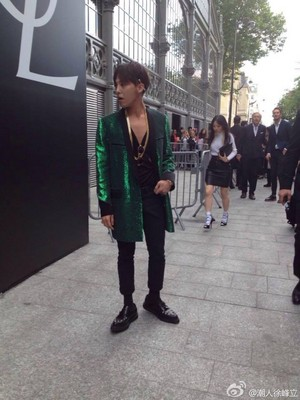 damn hot Gdragon in Paris❤ ❥