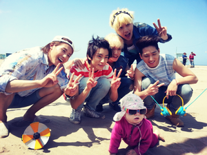 B1A4's group selca with a baby from SOLO দিন MV filming