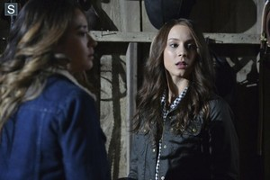 Pretty Little Liars - Episode 5.08 - Scream For Me - Promo Pics
