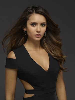Elena Gilbert season 6 official picture