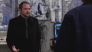 Crowley talking with Sam 7x23