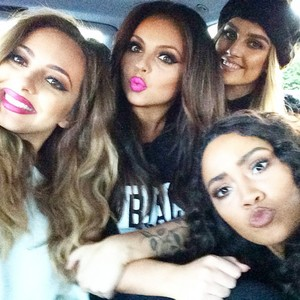 New Little Mix selfie 🌸