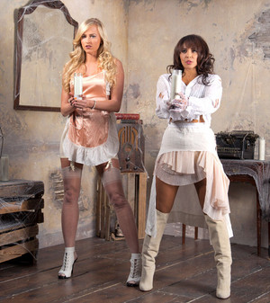 House of Haunted Divas - Summer Rae and Layla